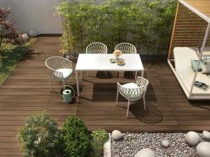 Pavimento in legno per esterno: spazio all'aperto